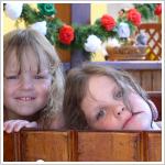 Gyerekek a dézsában a hévízi Júlia Villában